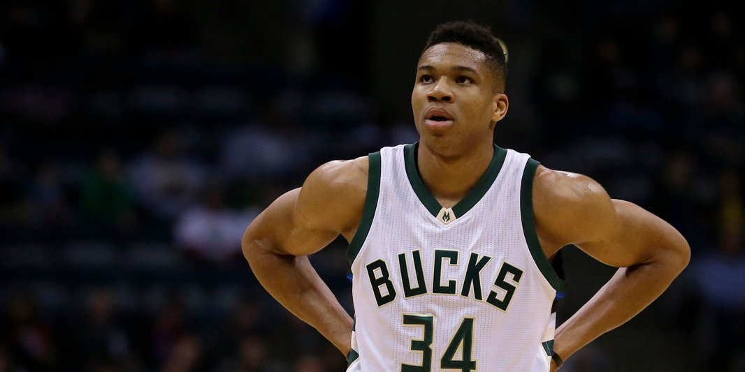 superior quality f84b8 dbce2 The Bidding War Has Ended  Giannis Antetokounmpo Signs Deal With Nike