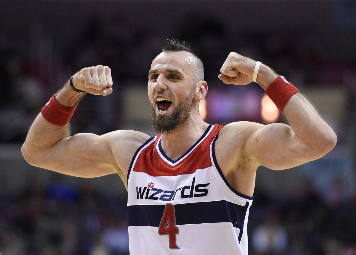 In The Bad Room With Stephen Marcin Gortat Picks Up 3 Women At A Club Amp Takes Them Back