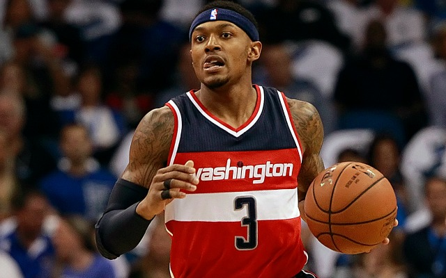 Bradley Beal's Flop Of The Year - OpenCourt-Basketball