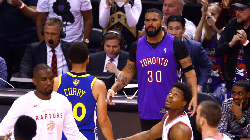 drake takes trolling to another level  gives ayesha curry